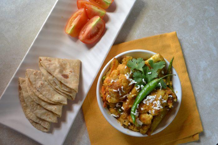 No Onion No garlic Cauliflower curry in Jasmine Rice / Jui Chaler Phulkopi Aloo Dalna