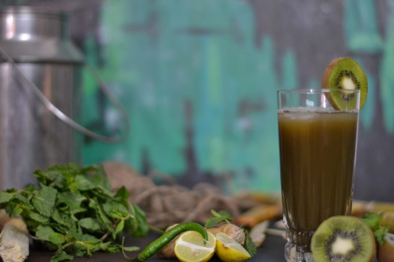 Ganne ka Ras With a Twist/Easy HomeMade Sugarcane And Kiwi  Non Alcoholic Summer Drink