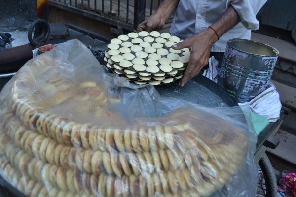 Old Delhi-Waking through unexplored streets, Spice trail, some Vegetarian food