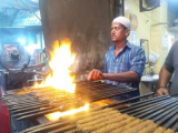 Ramadan…Breaking Kababs for Iftar around Jamamasjid
